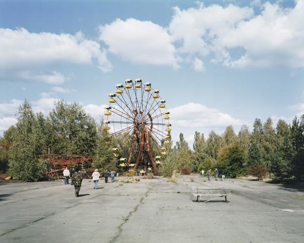 Parque de diversões abandonado próximo a Chernobyl, Ucrânia. Crédito Crédito Ambroise Tézenas