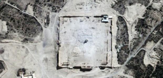 Templo de Bel após destruição.